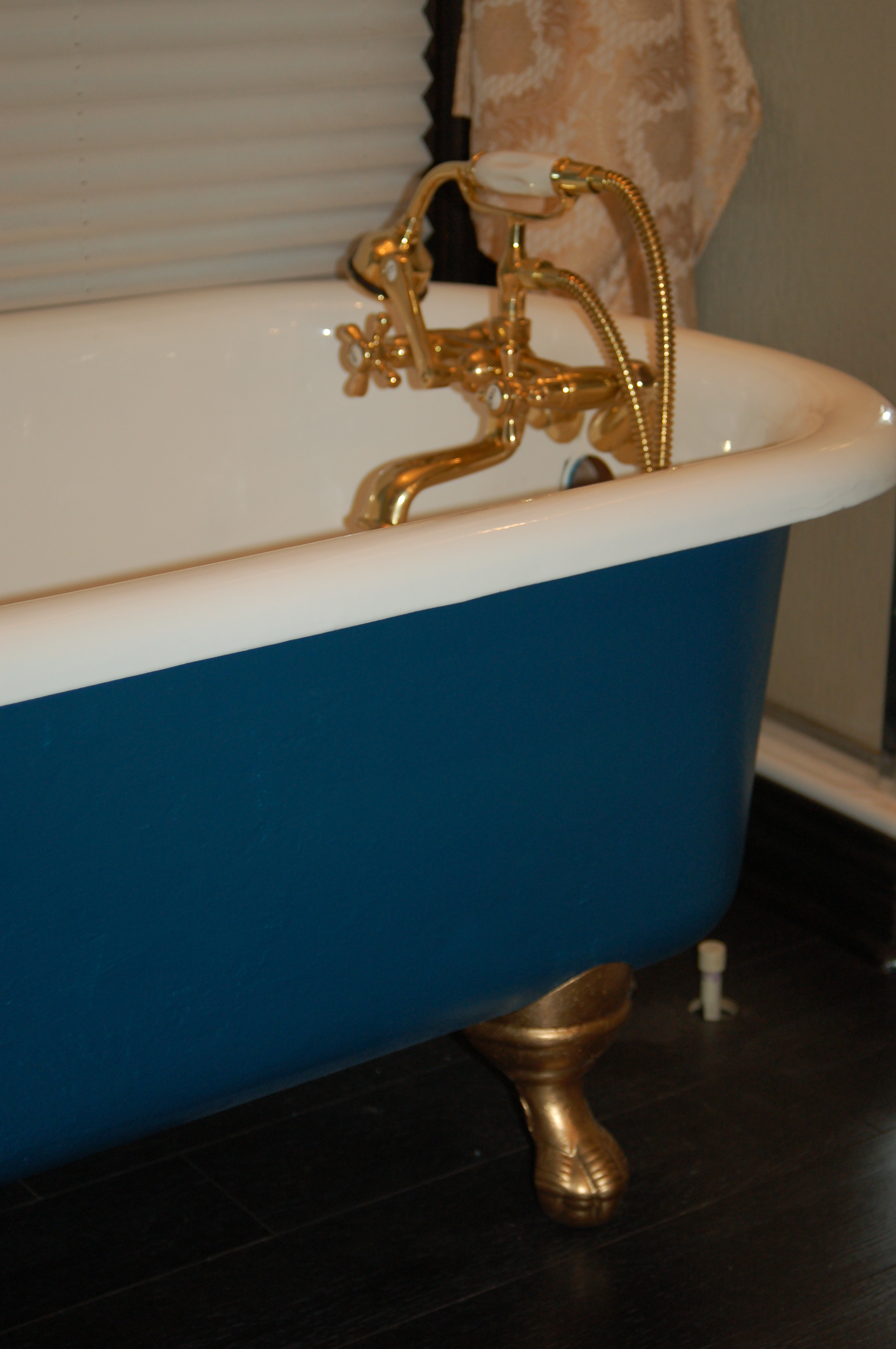 Flashback Friday : An Entire Blog Post about a Clawfoot Tub ...