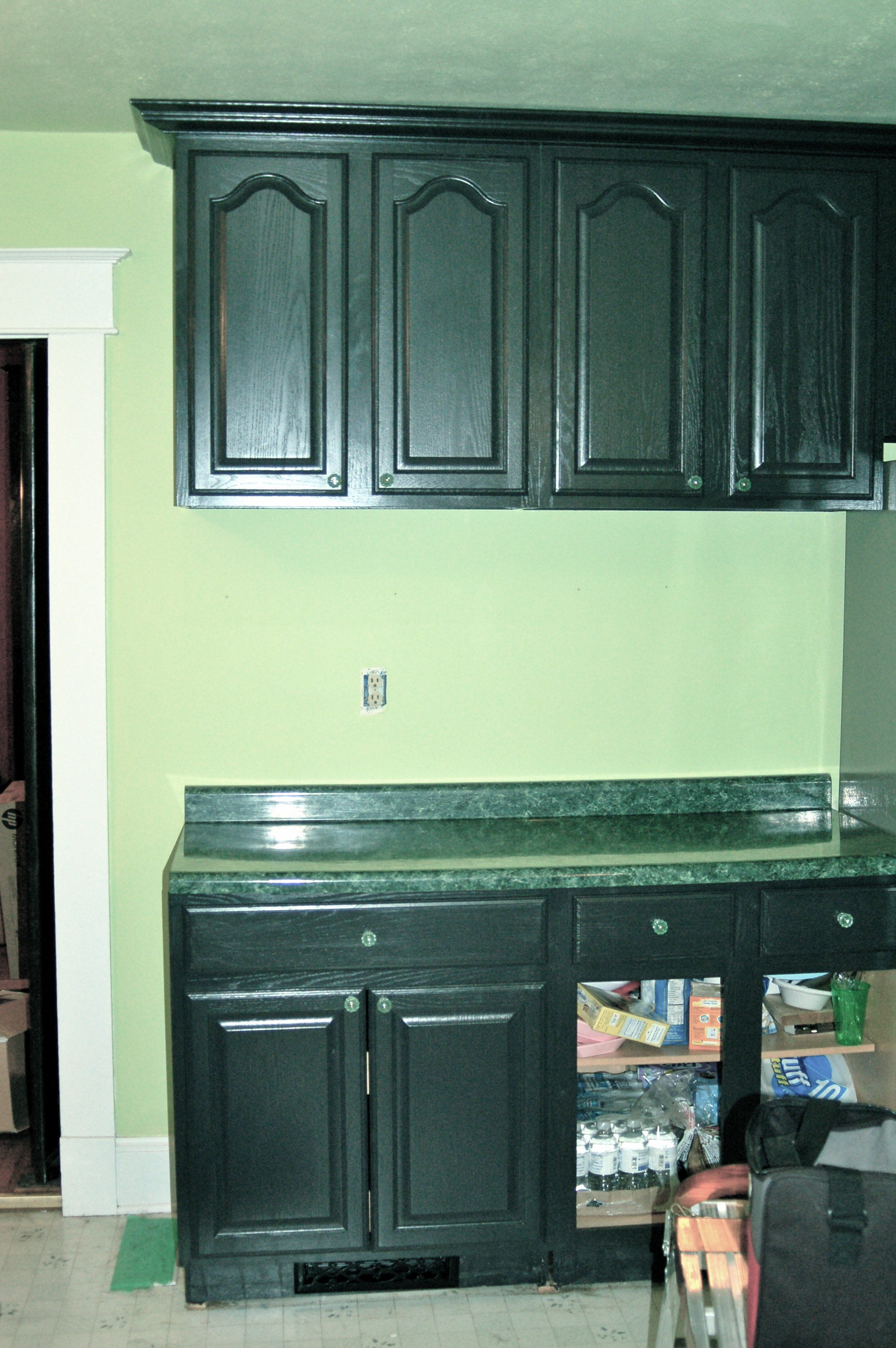 Flashback friday cabinetastic jackson street kitchen for Kitchen cabinets jackson