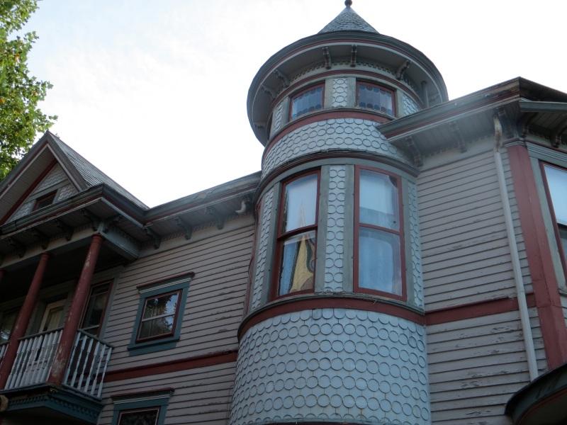 Horrible House Pics14
