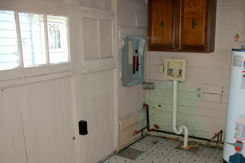 Utility Room Floor Cottage03
