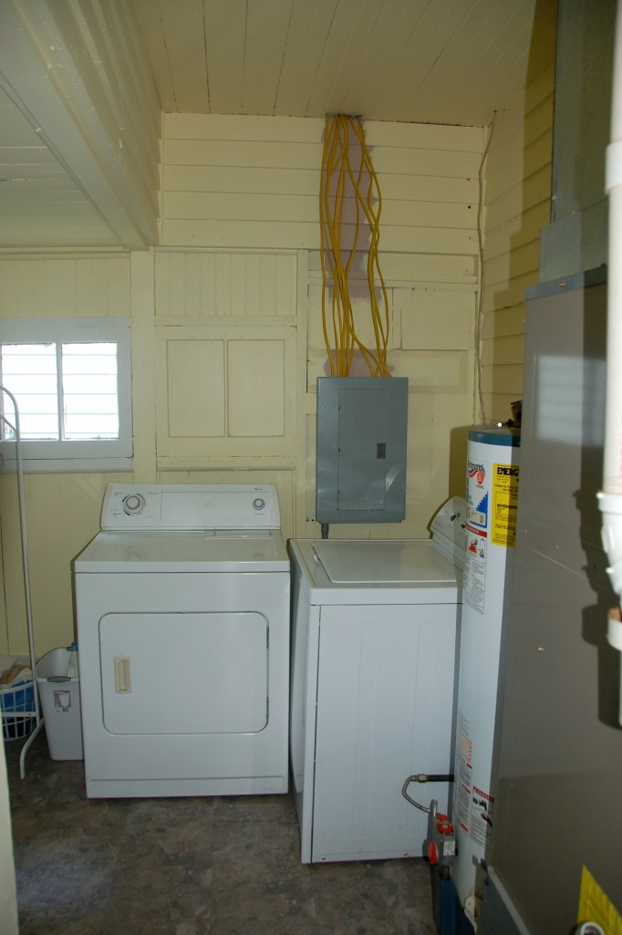 Utility Room Floor Cottage05