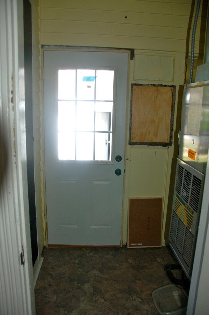 Utility Room Floor Cottage07