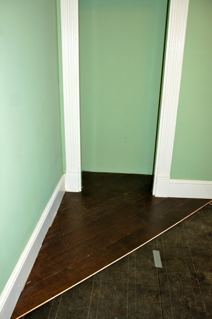 Utility Room Floor Cottage27