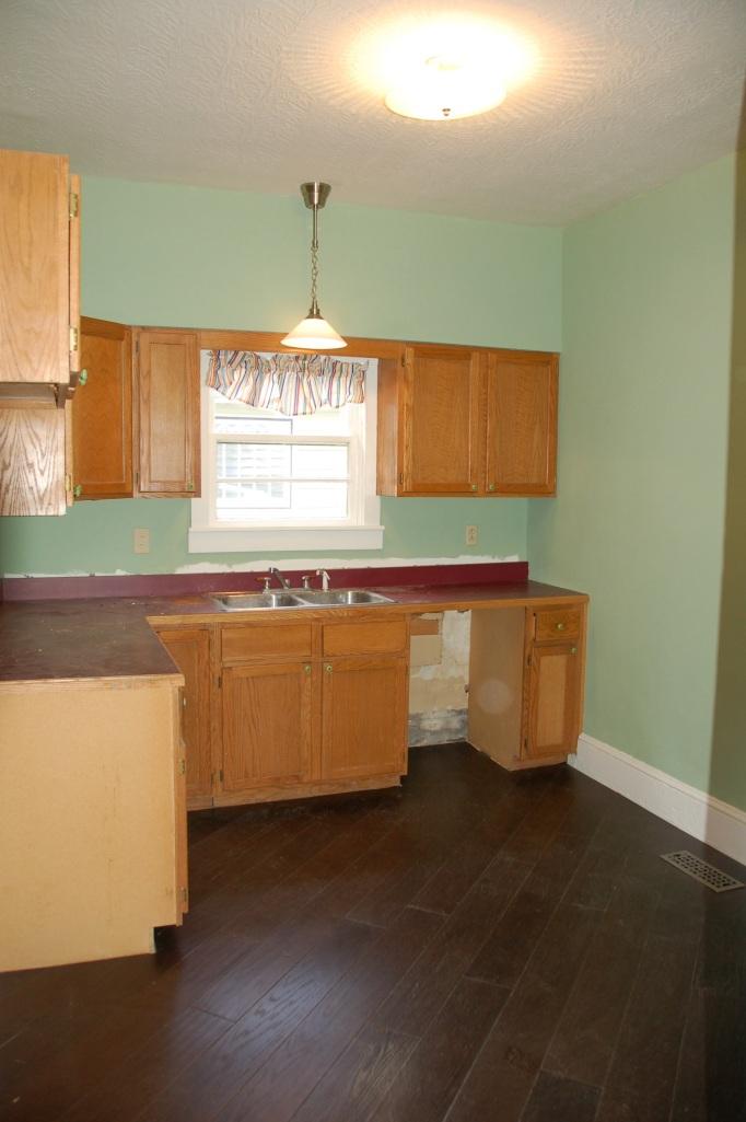 Utility Room Floor Cottage31