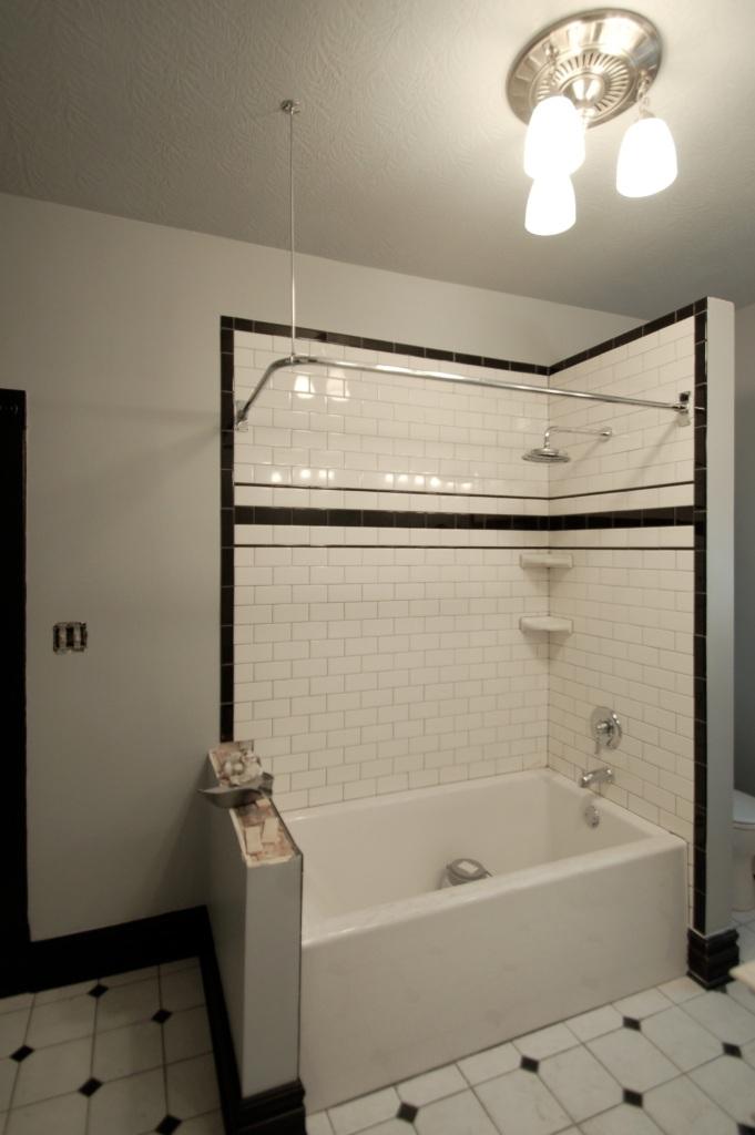 FOUR COttage Bath BLog07